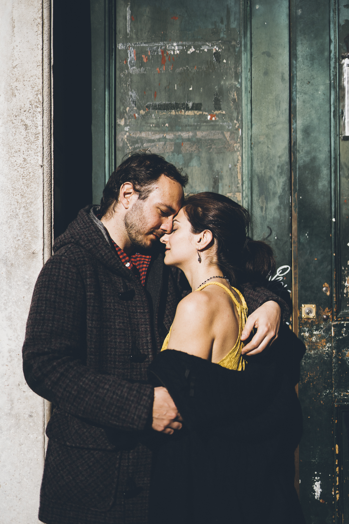 lovephotoexperience_genova_giulia_anto_during_love_photo_session_in_genova_liguria_couple_photography